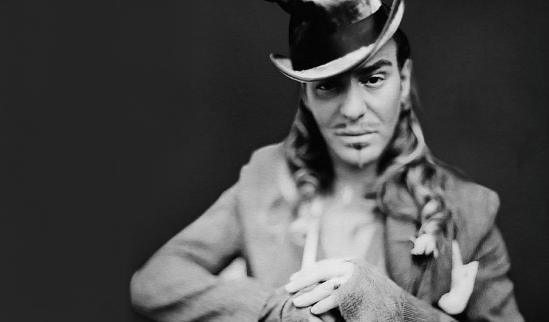 designers-dolce-and-gabbana-wish-good-luck-to-john-galliano