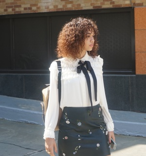 Chic spotted - Pussy bow blouses