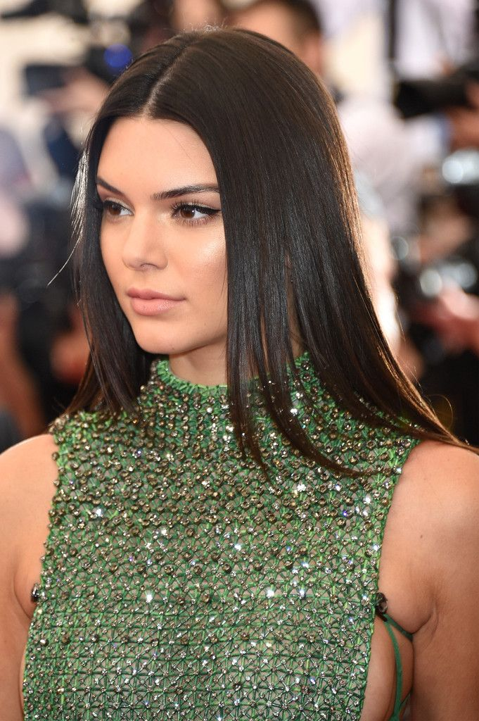 8fbbeb5bcdd5 Celeb Style File: It's Kendall Jenner's birthday. See her best looks of the  year!